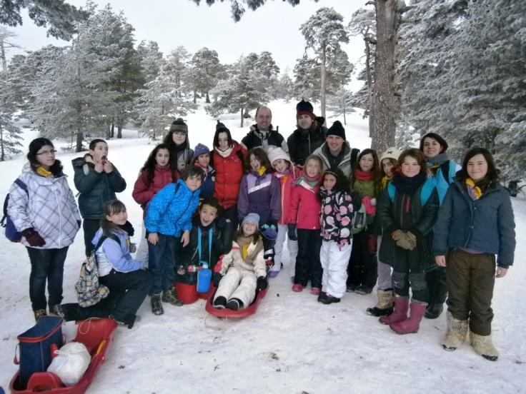 Grupo de Pioneros en la nieve